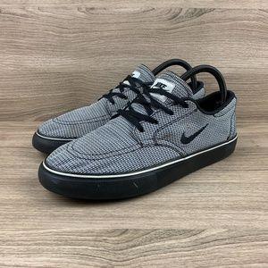 Nike SB Clutch PRM
